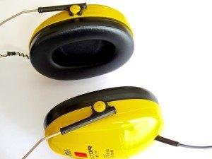 Gehörschutz ist beim Häcksler Pflicht!
