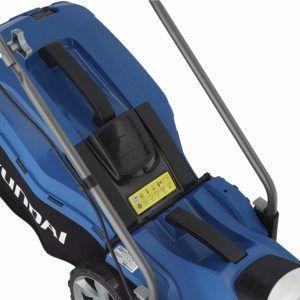 HYUNDAI Elektro-Rasenmäher LM3301E (Mulchfunktion, 1300W, Schnittbreite 33 cm, 35L Fangkorb, 5-fache Höhenverstellung 25-65 mm, Elektro-Mäher, Mulchmäher, Mulcher)